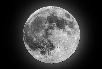 Image of the full moon.