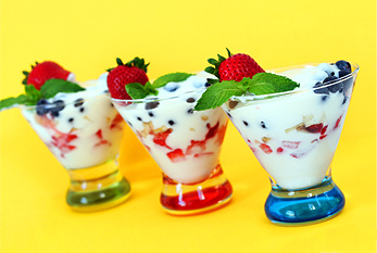 Yogurt and fruits parfait